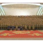 Kim Čong Un si pozrel predstavenie Štátneho zaslúžilého zboru