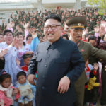 Kim Čong Un zkontroloval obranný oddíl na ostrůvku Čangče a hrdinný obranný oddíl na ostrůvku Mu