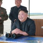Kim Čong Un vedl další zkušební střelbu Hwasong-12