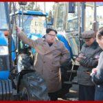 Kim Čong Un navštívil Kumsongský traktorový závod