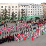 Účastníci 400kilometrové studijní cesty přivítáni v Kanggje