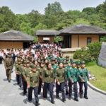 Účastníci oslav 72 let Korejského svazu dětí navštívili Mangjongde a další významná místa