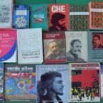 Knihy darované učebni pomenovanej po Fidelovi Castrovi