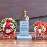 Občania KĽDR si uctili pamiatku súdružky Kim Čong Suk