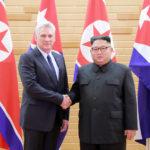 Soudruh Kim Čong Un přijal návštěvu předsedy Státní rady a Rady ministrů Kubánské republiky