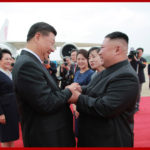 Návšteva súdruha Si Ťin-pchinga v KĽDR (1. deň)