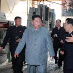 Soudruh KIM ČONG UN navštívil strojírny Čangdžagang, Pchjongnam, Kanggje a 8. února