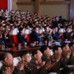 Soudruh KIM ČONG UN sledoval umělecké představení manželek důstojníků