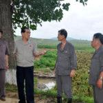 Soudruh Pak Pong Džu navštívil JZD poškozená tajfunem