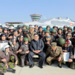 Soudruh KIM ČONG UN sledoval soutěž bojových letců 2019