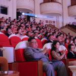 Soudruh KIM ČONG UN sledoval koncert na počest lunárního Nového roku