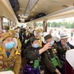 Účastníci 6. celostátní konference válečných veteránů přijeli do Pchjongjangu